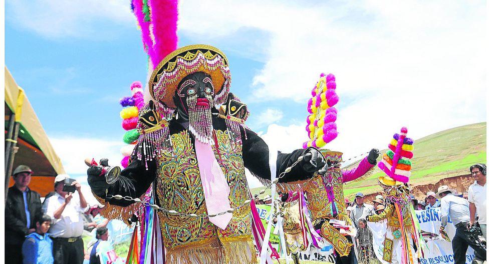 Devoción de negritos en festividad a Virgen Asunción de María en Matahuasi