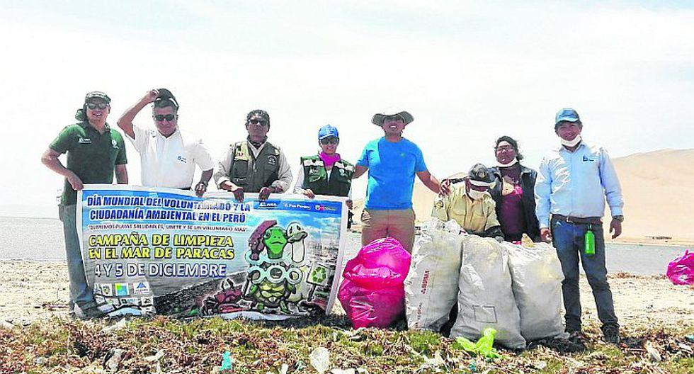 Retiran siete toneladas de residuos sólidos del mar de Paracas
