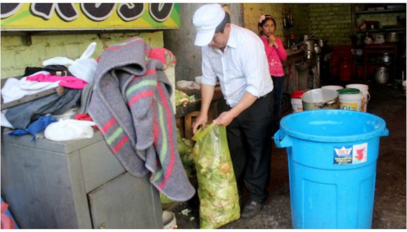 Concepción: Preparaban pollos en medio de frazadas y ropa sucia