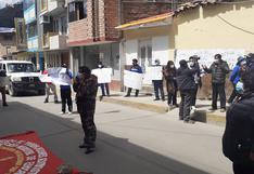 Huancavelica: Trabajadores de la Dirección Regional de Educación exigen les entreguen local nuevo