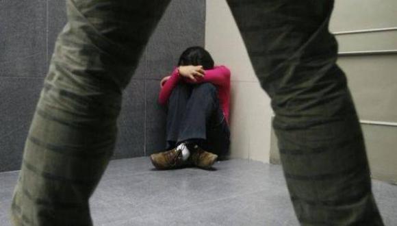 Imputado estaba separado de la madre de la menor. Estará recluido nueve meses mientras duren investigaciones por el presunto delito de violación sexual (Foto referencial archivo GEC)