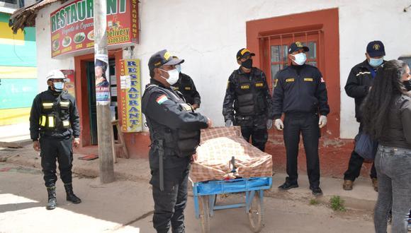 Durante el operativo participaron efectivos de la Policía Nacional del Perú. (Foto: Plinio Amanqui)