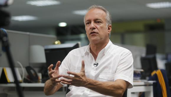 Nano Guerra García detalló que han encontrado actas con cero votos para Fuerza Popular y otra con firmas que no serían de los miembros de mesa. (Foto: Paco Sanseviero / GEC)