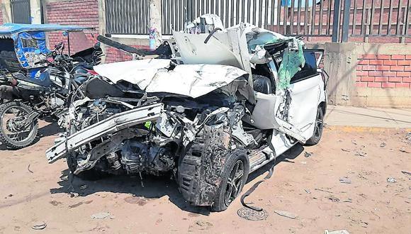 Tres personas resultaron gravemente heridas en accidente registrado cerca del cruce al distrito de San José.