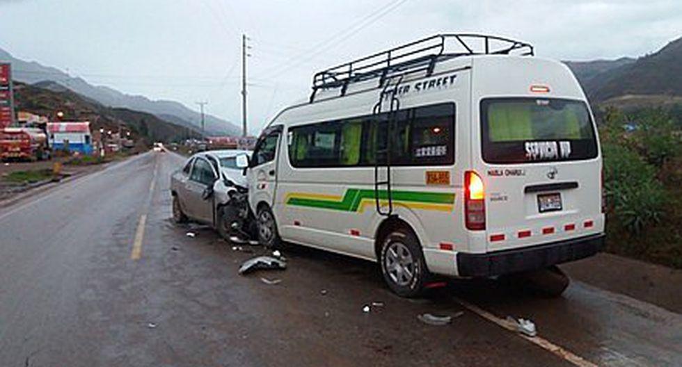 Un fallecido y siete heridos en la vía Cusco - Arequipa