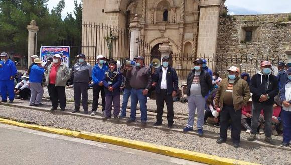Dirigentes señalaron que el paro fue suspendido por el acuerdo del gremio nacional. (Foto: Difusión)