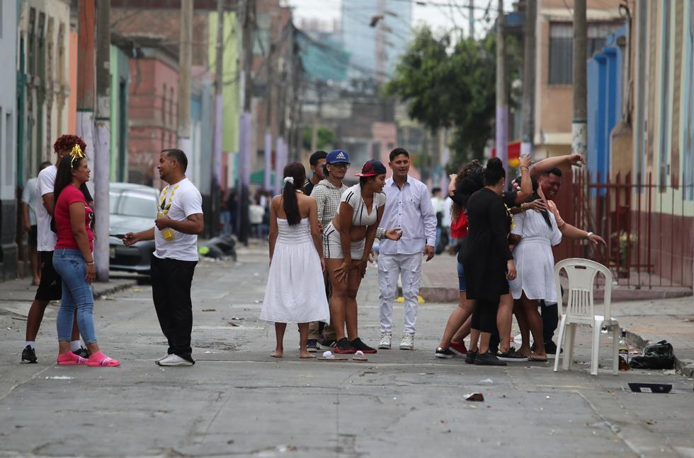 Este viernes 1 de enero, el primer día del 2021, las calles de Lima despertaron de una manera diferente debido a las diversas restricciones establecidas en el marco de la emergencia sanitaria por el avance del coronavirus (COVID-19). (Foto : Lino Chipana Obregón / GEC)