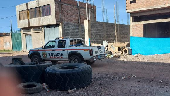 Los policías llegaron al lugar, quienes únicamente se entrevistaron con los agraviados. (Foto: Feliciano Gutiérrez)