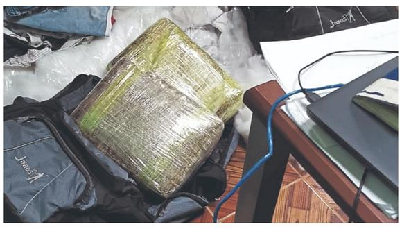 Yonder Yancel Godoy y Jesús Rojas García fueron intervenidos en un ómnibus con rumbo a Lima. Ellos, según la PNP,  serían dueños de mochilas en donde estaba camuflada la droga.