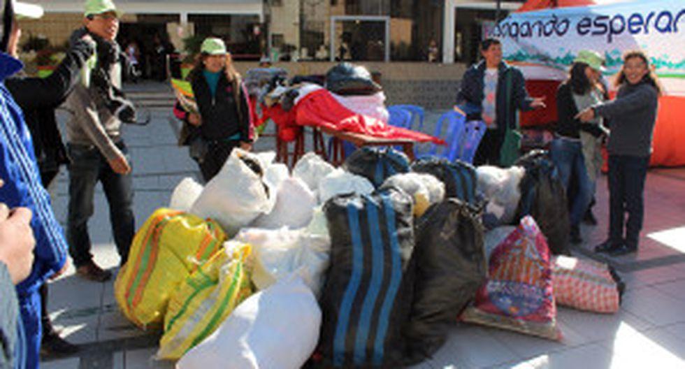 La Oroya: donan dos toneladas de ropa para contrarrestar friaje