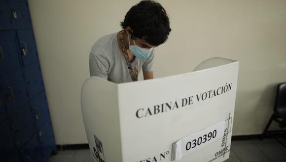 Las personas que no acudieron a votar o que no cumplieron con ser miembros de mesa el 11 de abril sin una dispensa adecuada tienen una multa pendiente ante el JNE: (Foto: Anthony Niño de Guzmán / @photo.gec)
