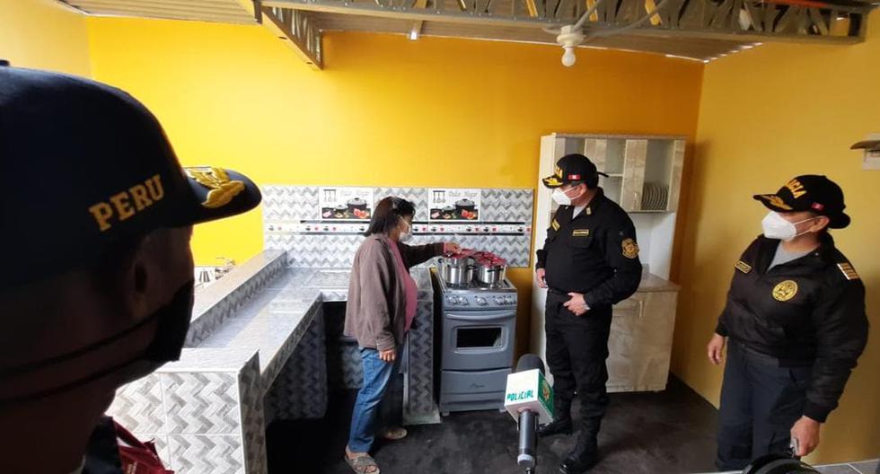 Policía construye casa para familia vulnerable en Huarmey