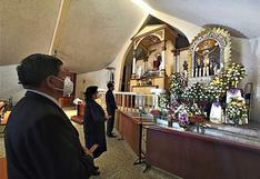 Señor de los milagros de mariano Melgar fue el primero el largas procesiones(FOTOS)