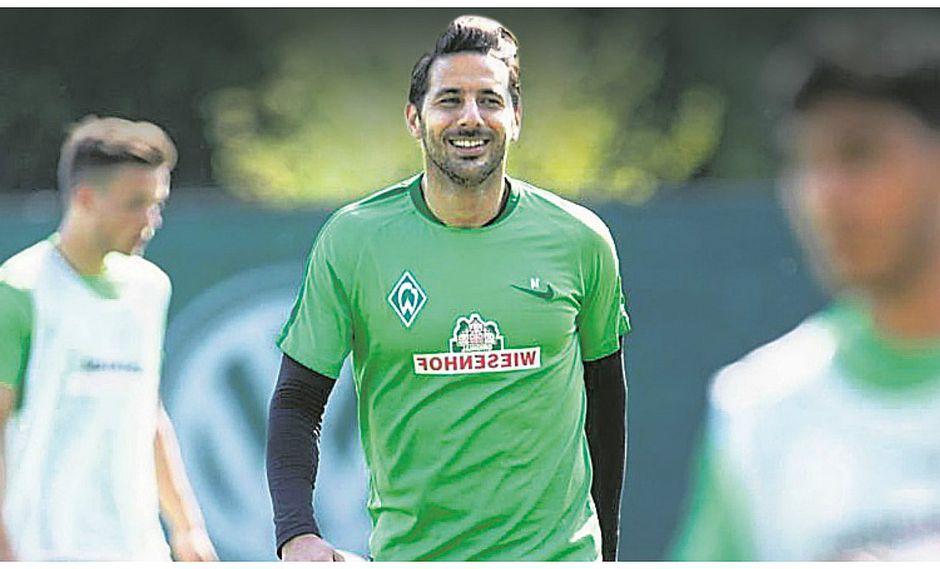 Claudio Pizarro está de vuelta: Ya entrena con el Werder Bremen