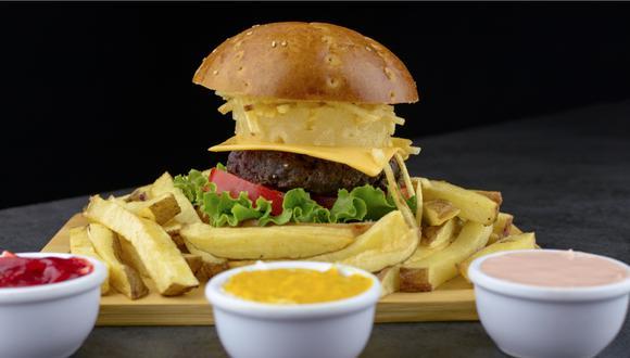 Restaurante de comida rápida especializado en papas fritas y toppings celebra su primer aniversario. (Foto referencial: Mister Cono)