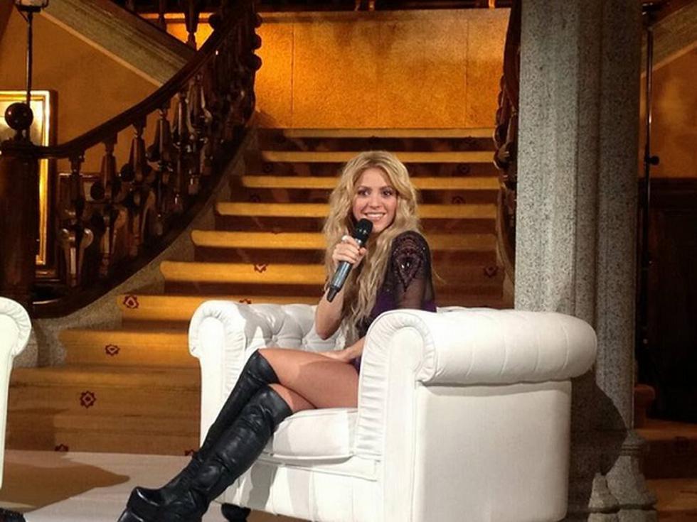 Minivestido le jugó mala pasada a Shakira