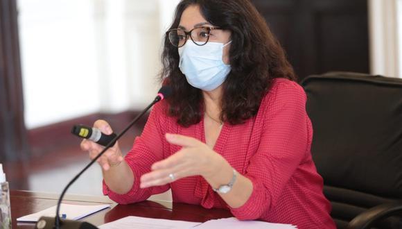 A través de su cuenta de Twitter, la jefa del Gabinete Ministerial compartió sus expresiones con la información respecto a la decisión del comité de expertos de la OMS que recomendó la vacuna (el primer inyectable chino que recibe la aprobación de la organización internacional) para los mayores de 18 años. (Foto: PCM)