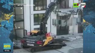 Trabajador se vengó de la falta de pagos destrozando un edificio (VIDEO)
