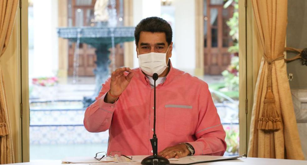 Imagen rereferencial. Nicolás Maduro es visto hablando con una mascarilla contra el coronavirus en Venezuela. (EFE/PRENSA MIRAFLORES).