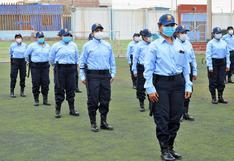 Contratan 70 policías municipales para controlar a ambulantes