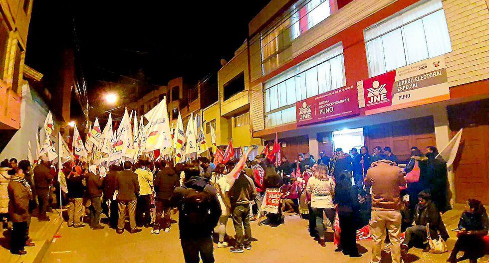 Todos por el Perú presentó dos listas de candidatos al Congreso de la República