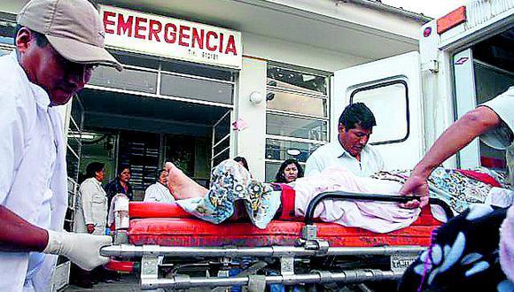 Dos personas se salvan de morir en despiste de un automóvil en Talara