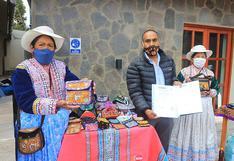 Arequipa: artesanos del valle del Colca logran reconocimiento de su marca de bordados