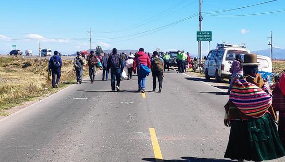 Viajeros se vieron perjudicados con esta medida de protesta. (Foto: Difusión)