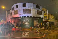 Ica: Incendio en ferretería reduce todo a ceniza