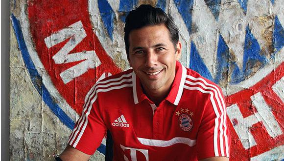 Claudio Pizarro renovó con el Bayern Múnich