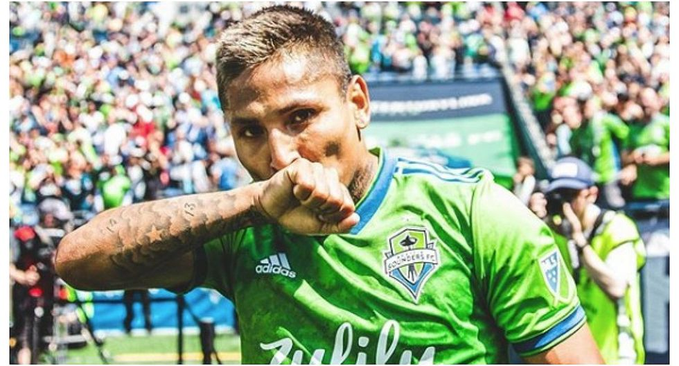 Gol con 'sombrero' de Ruidíaz fue elegido el mejor de la fecha en la MLS (VIDEO)
