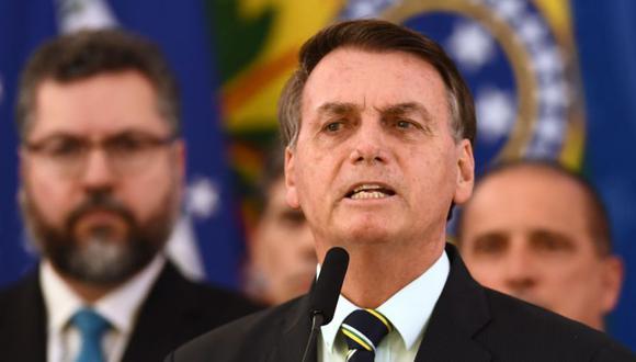 Con 212 millones de habitantes, Brasil -gobernado por Jair Bolsonaro- supera los 2.000 muertos diarios por coronavirus en promedio. (AFP / EVARISTO SA)