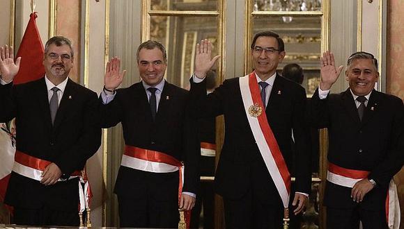 Nuevos ministros de Defensa y Cultura juran en Palacio de Gobierno (FOTOS Y VIDEO)