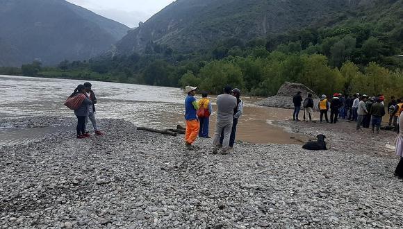 Niña de ocho años muere ahogada en río Mantaro