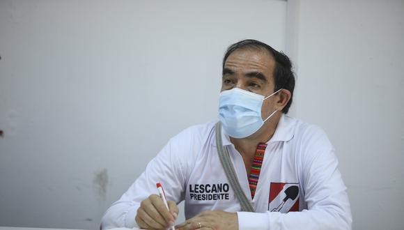 """""""La población no cree en los políticos, entonces, hay que mejorar poniendo normas más severas para que alguien sea representante del pueblo"""", indicó Lescano. (Foto: GEC)"""