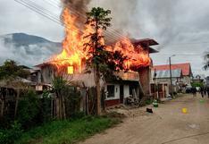 Incendio en vivienda de Oxapampa deja 10 familias en la calle (VIDEO)
