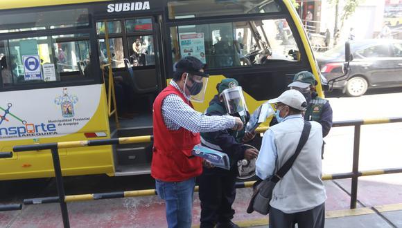 Son 600 mil los protectores faciales que entregarán en Arequipa (Foto: Eduardo Barreda)