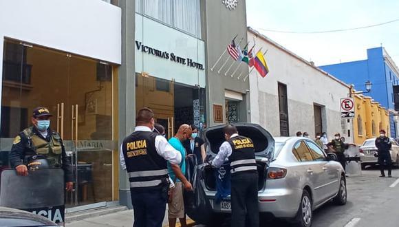 Unidad policial especializada en lavado de activos intervienen propiedades del empresario trujillano Gerson Gonzáles. No hay detenidos por el momento, pero diligencias todavía seguirán su curso. (Foto Deyvi Mora)