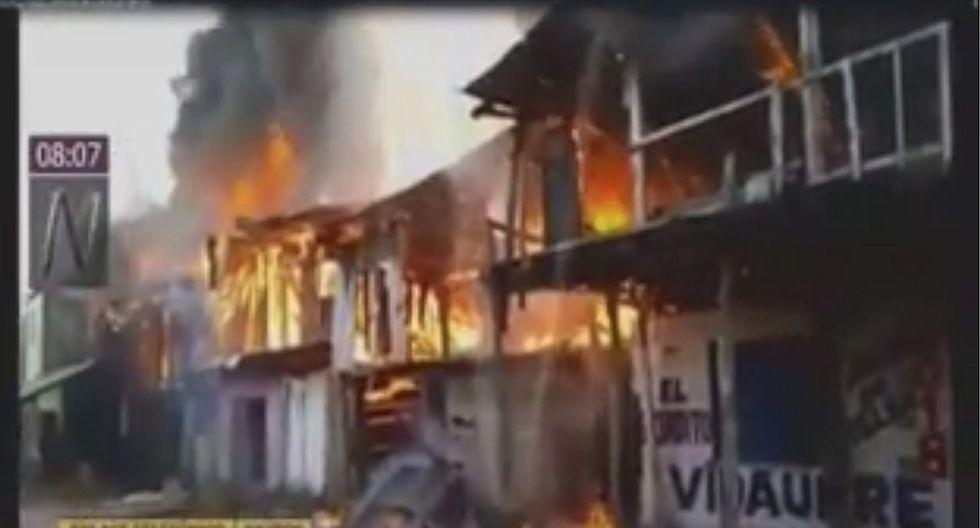 Iquitos: Al menos 15 viviendas destruidas por incendio en distrito de Belén (VIDEO)