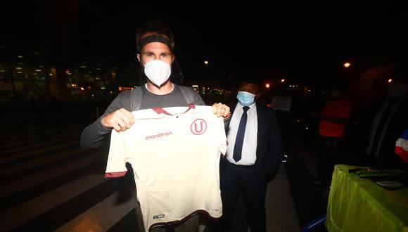 Hernán Novick arribó a Lima para sumarse a Universitario de Deportes. (Foto: Gonzalo Córdova / @photo.gec)