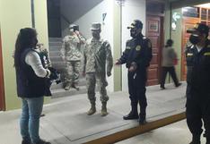 Jefes de la Policía y el Ejército inspeccionan locales de votación