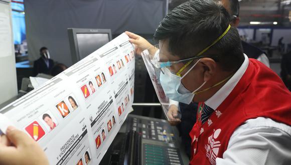 El titular de ONPE señaló que es delito difundir el sentido de los votos. (Foto: ONPE)