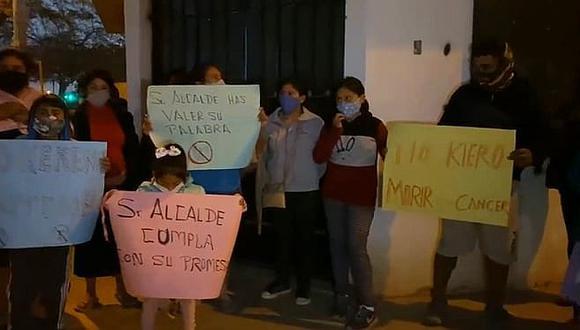 Moradores se oponen a construcción de antena en La Venta