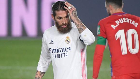 Sergio Ramos estará de baja con Real Madrid por un mes. (Foto: AFP)