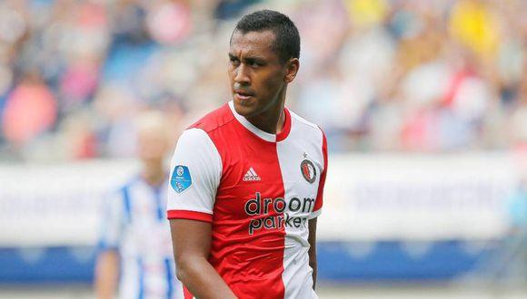 Renato Tapia podría continuar su carrera en España. (Foto: AFP)