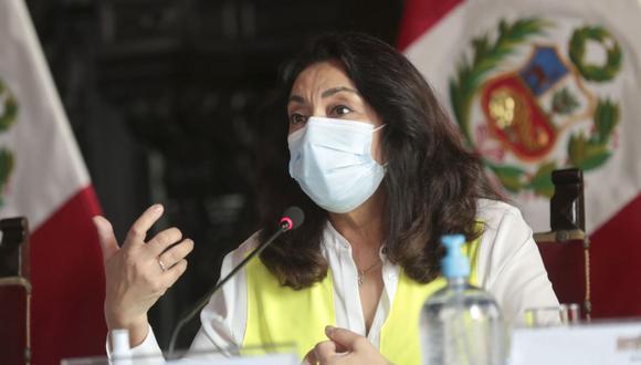 La primera ministra, Violeta Bermúdez, señaló que se observó que había dos funcionarios de la Presidencia del Consejo de Ministros que figuraban en la lista, por lo que fueron separados. (Foto: PCM)