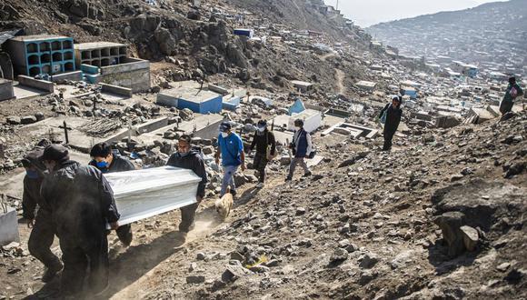 La cantidad de fallecidos aumentó este miércoles 13 de enero, informó el Minsa (Foto: Ernesto BENAVIDES / AFP)