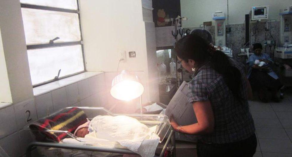 El hospital Hermilio Valdizán poso en funcionamiento el registro electrónico de nacidos