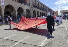 Estudiantes de la Unsch salen en protesta y exigen a las autoridades la atención a sus demandas