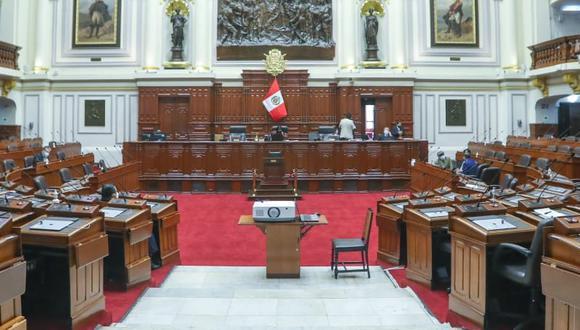Congresistas desean que el Pleno siga sesionando